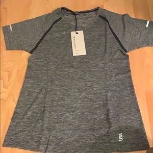 NWT second skin training tee size medium